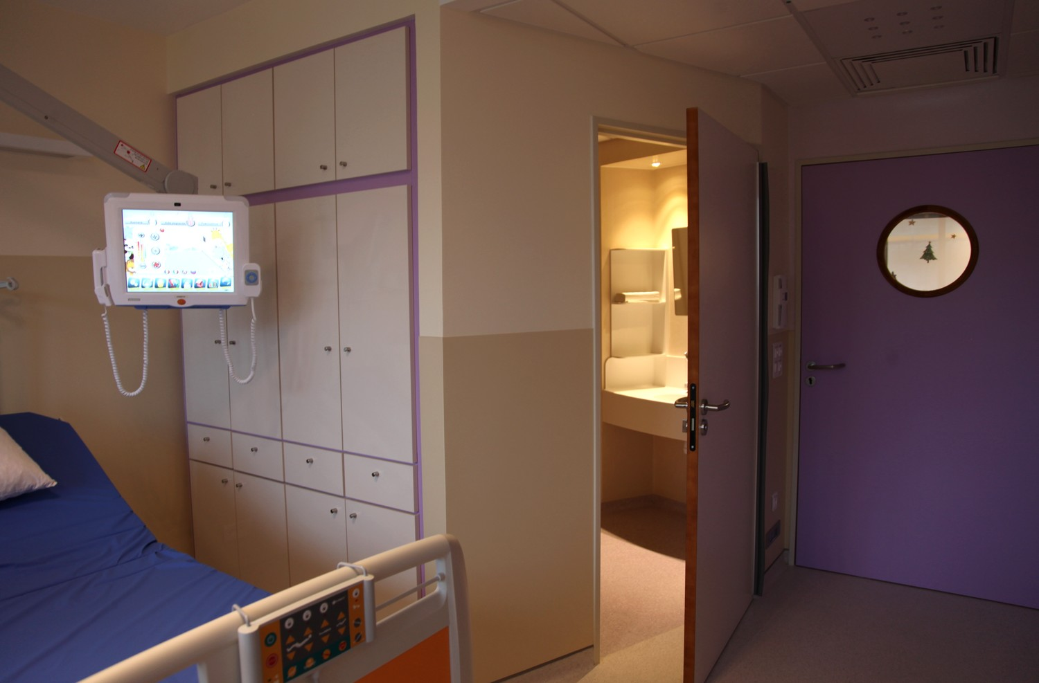 A new look paediatric department at the chpg news for Chambre public affairs