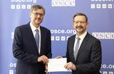 Accréditation Frédéric Labarrère OSCE - H.E. Mr Frédéric Labarrère, the Principality of Monaco's new Permanent Representative to the Organisation for Security and Cooperation in Europe (OSCE), and Mr Thomas Greminger, OSCE Secretary-General. ©: OSCE/Ekaterina Harsdorf