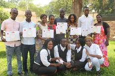 Bourses d'étude en hôtellerie à Bamako - The eight young graduates from SOS Villages d'Enfants Mali who received grants from Monaco's Official Development Assistance © SOSVE-2018