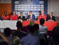 Conf presse 2019 - Media day basket - From left to right: Dee Bost, team captain, Saša Obradović, Roca Team coach, Patrice Cellario, Minister of the Interior, Oleksiy Yefimov, Executive Director of AS Monaco Basket, Kim Tillie, a new Roca Team recruit, and Paul Masseron, Vice President of AS Monaco Basket ©Manuel Vitali – Government Communication Department