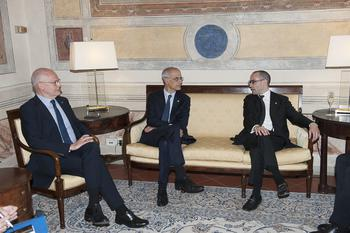 Réunion tripartite san marin - From left to right:  Serge Telle, Minister of State, Antoni Martí Petit, Head of Government of the Principality of Andorra and Nicola Renzi, Minister of Foreign Affairs, Political Affairs and Justice of the Republic of San Marino © MW