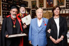 Voir la photo - from left to right, Gérard Pettiti and Claude Rosticher, Zurab Tsereteli, President of the Russian Academy of Arts, and H.E. Mireille Pettiti, Monaco's Ambassador to the Russian Federation © DR
